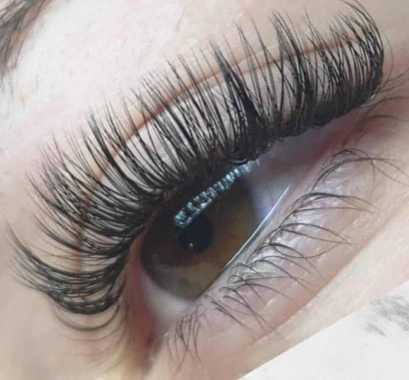 How Long Does it Take for Eyelashes to Grow Back After ...